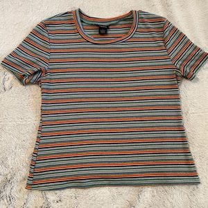 Multicolor stripped cropped tee